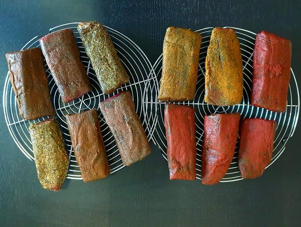 viande salée sous-vide avant séchage